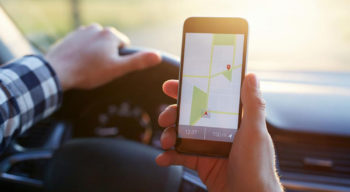 4 popular apps for tracking interstate traffic conditions