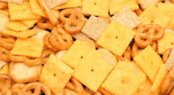 Oven-baked Chex Party Mix Recipe