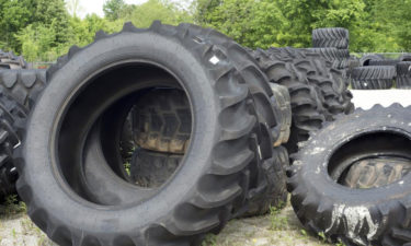 Buying perfect farm tractor tires