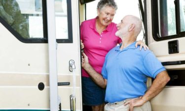 Top 5 Bus Tours for Seniors