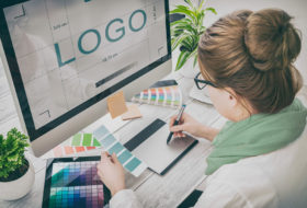 Top 4 websites that create your brand logo for free