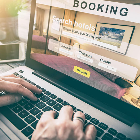 7 Popular Websites for Great Discounts on Hotel Bookings
