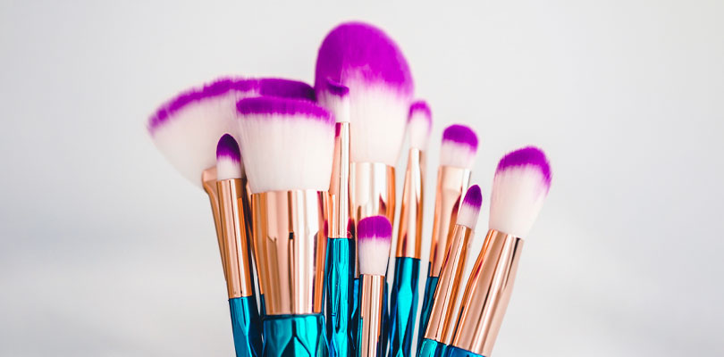 40 Tips to Clean Your Makeup Accessories (And Make Them Last Longer)