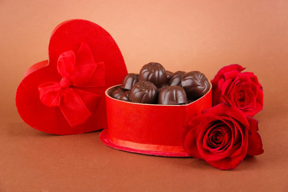 Delicious chocolate gift sets to give to your loved ones