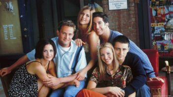 15 Outfits by the FRIENDS Cast That Made Us Say Wow