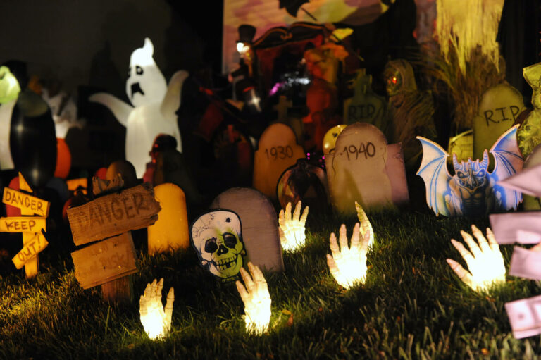 40 Amazing Halloween Facts That Will Blow Your Mind