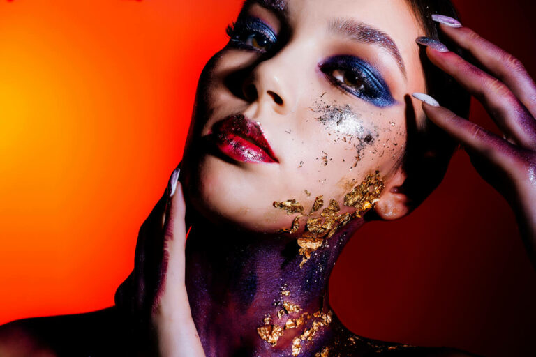 15 Galaxy-inspired Makeup Ideas That Are Out of This World