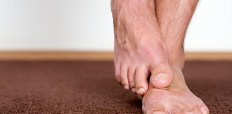 How Diabetes Causes Foot Problems