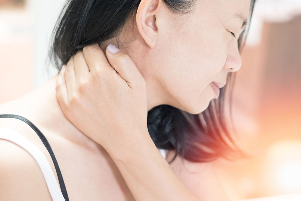 7 Measures to Get Relief from Neck Pain
