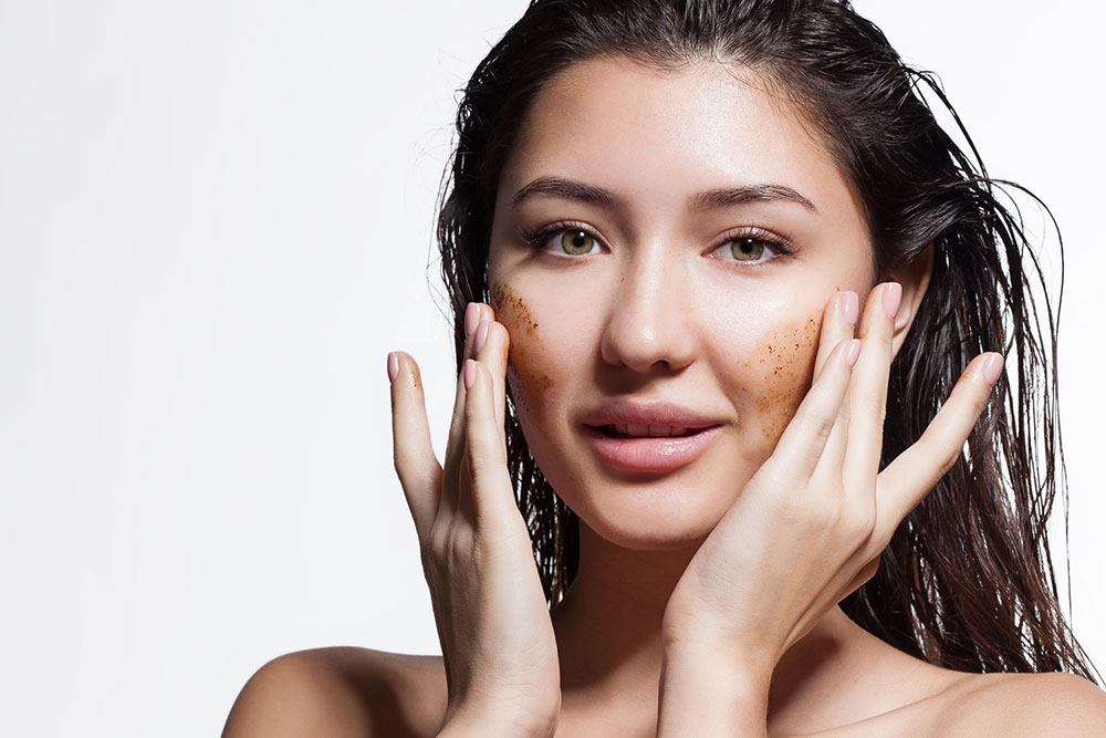 The Importance of Using Exfoliating Face Scrubs Regularly
