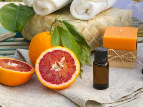 8 natural remedies to treat dry eyes