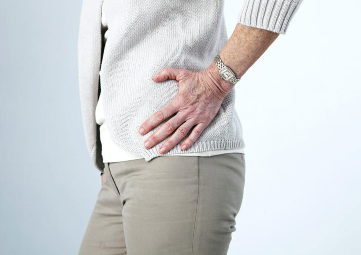 Hip Bursitis – Causes, Risk Factors, Symptoms, and Treatment