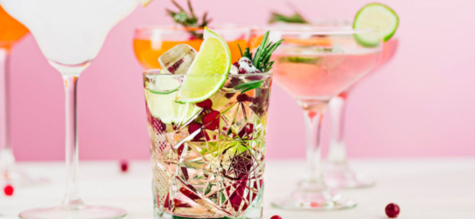 9 Cocktails That Are Perfect for a Wedding