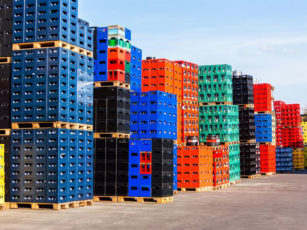 The features of collapsible pallet containers