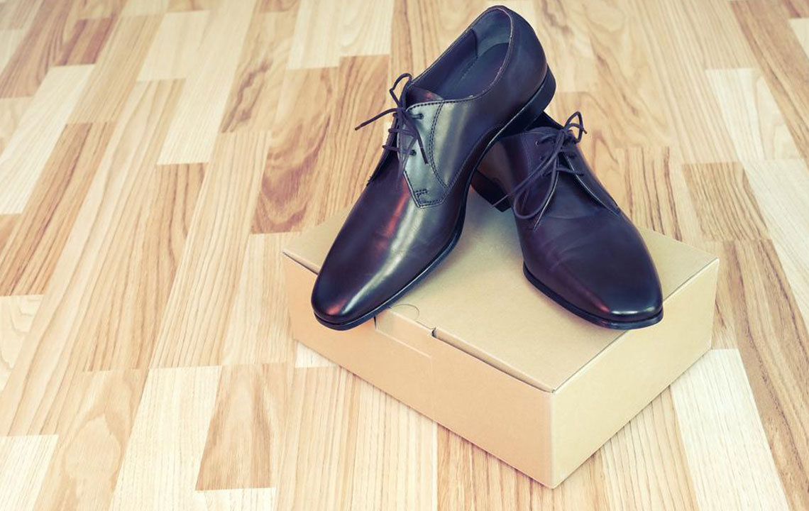 3 essential factors to consider before buying footwear for work