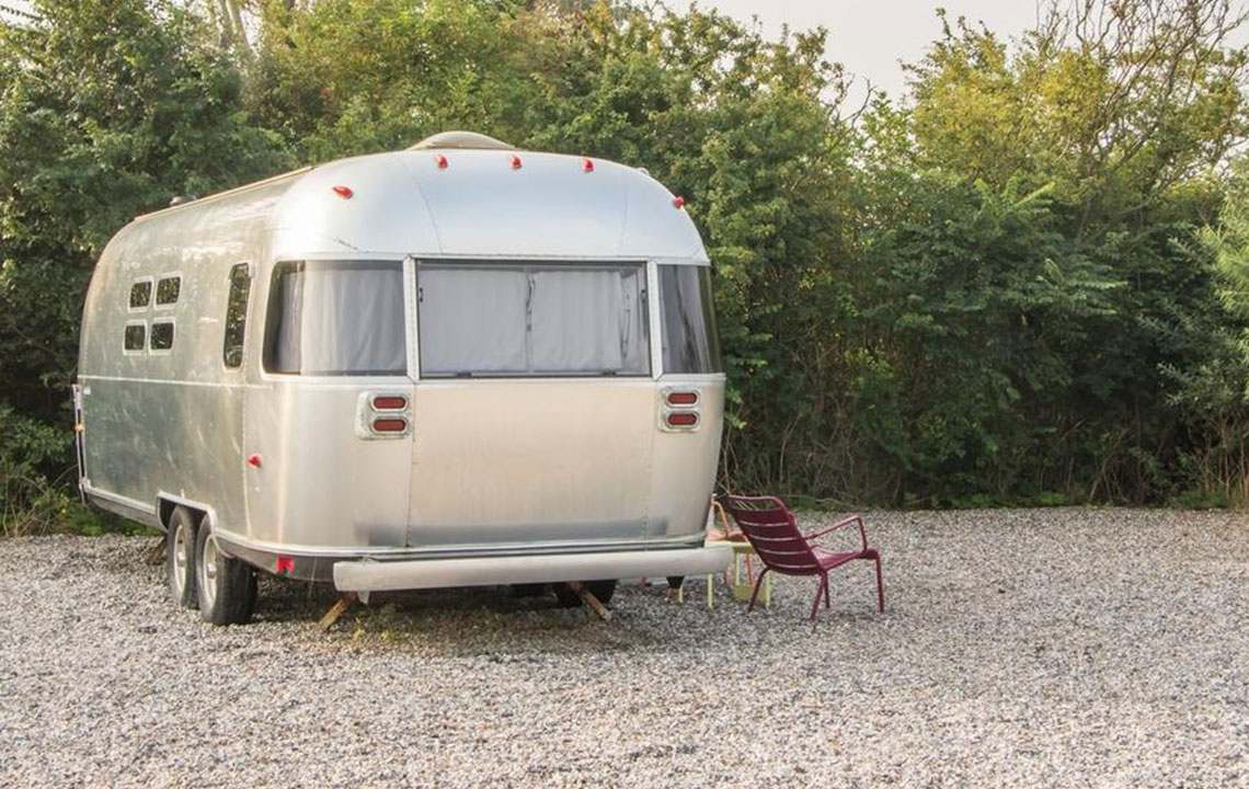 Pros and cons of a mobile home