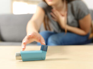 4 simple home remedies to relieve asthma attacks