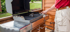 7 ways to keep the charcoal grill clean