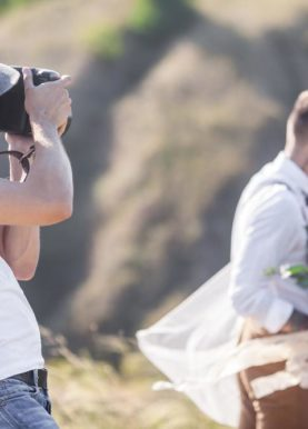 7 Reasons to Book a Pre-wedding Photographer