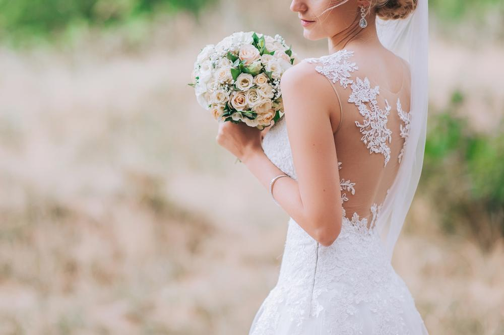 lacy bodice wedding dress