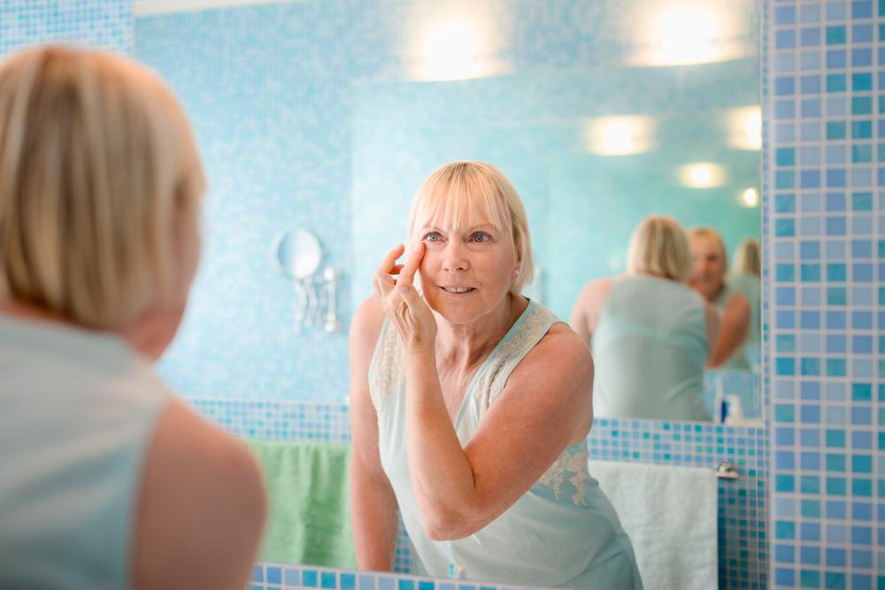 Beauty Tips For Older Single Women