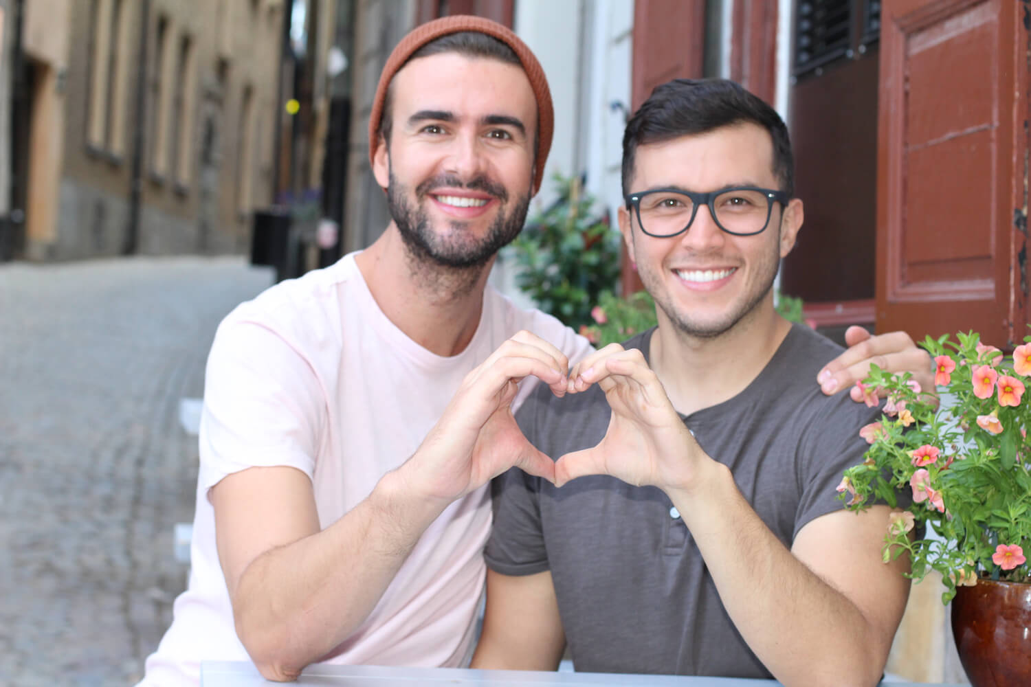 5 Features To Seek Out On Gay Dating Sites