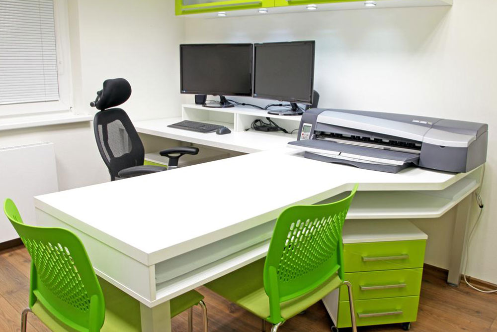 Selecting the perfect office furniture for a modern setup