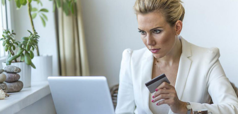 6 Tips to Avoid Credit Card Debt